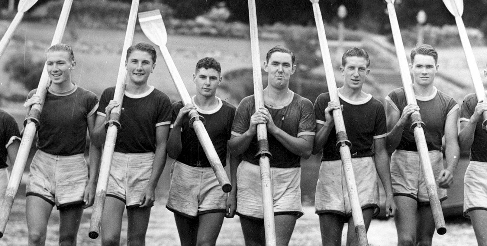 130 Head of River Team 1942